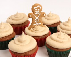 Gingerbread Cupcakes Recipe – Laura Vitale – Laura in the Kitchen Episode 857