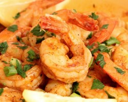 New Orleans Style Shrimp Recipe – Laura Vitale – Laura in the Kitchen Episode